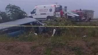 El coordinador de CRUM Sonora detalló que cerca de las 15:40 horas de este jueves se recibió el reporte del volcamiento de una van con jornaleros.