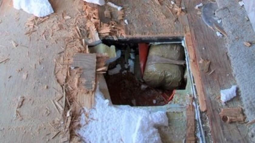 Descubren casi 70 paquetes de droga escondidos en casa rodante