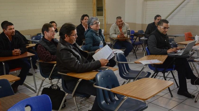 Maestros de Cobach se preparan para arranque de ciclo escolar