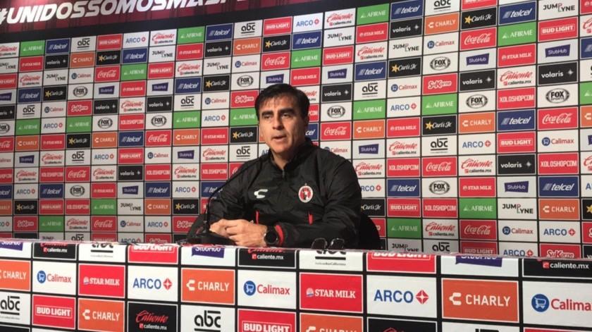 En su presentación, el argentino naturalizado boliviano venció 2-1 a Santos.(Herberto Muñoz)