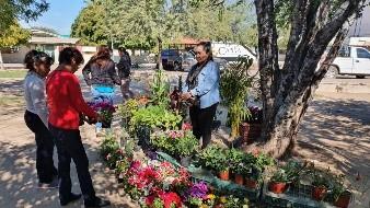 Realizan la primera Feria de las Plantas