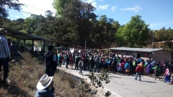 Dan el último adiós a 5 de los 10 músicos asesinados en Chilapa, Guerrero