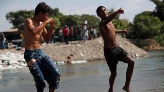 Chorros de agua contra migrantes: Propuesta de Coparmex para contenerlos