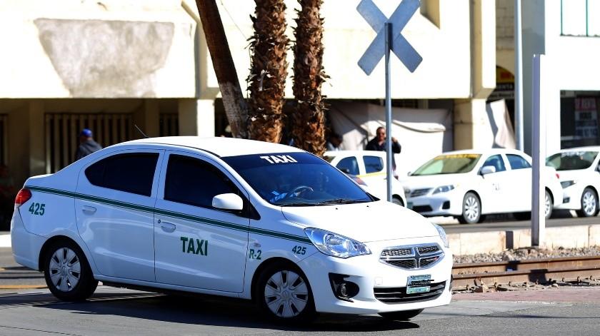Perdonan multas a los taxistas tras protesta(Archivo)