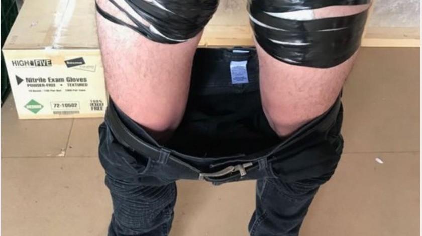 Le quitan los pantalones y le hallan droga en bulto(GH)