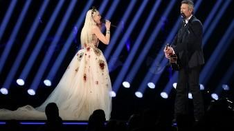 Gwen Stefani estuvo en la entrega de los Grammy y además hizo una presentación.