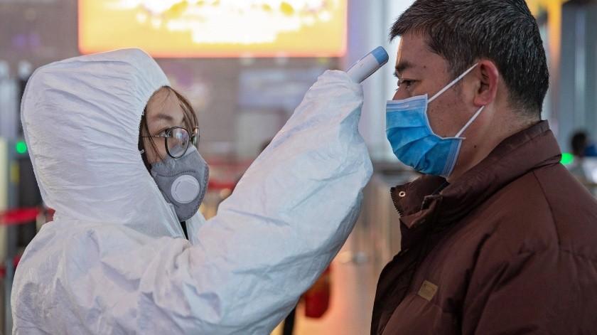 China ha comenzado a desarrollar una vacuna contra la neumonía de Wuhan, al igual que Rusia, donde se han identificado más de cien casos sospechosos pero ninguno confirmado.(EFE)