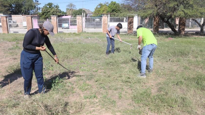El parque que limpiaron está en calles Sauz y del Pino.(Anahí Velásquez)