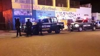 Asesinan a hombre al abordar un taxi; chofer entra en crisis