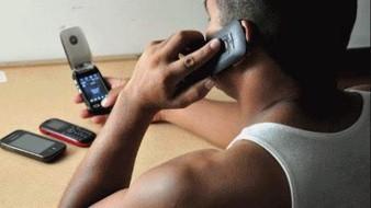 Alertan por extorsión telefónica en Álamos
