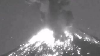 ¿Ovni? Captan extraña luz en Popocatéptl tras erupción