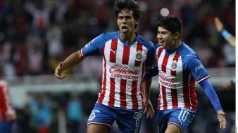 Chivas y Pumas buscan 'bálsamo' en el torneo Clausura