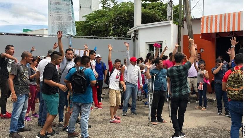 Migrantes buscan en México un lugar para salvaguardar a sus familias.(Archivo)