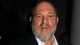 Acusadora de Weinstein narra cómo se tocó frente a ella
