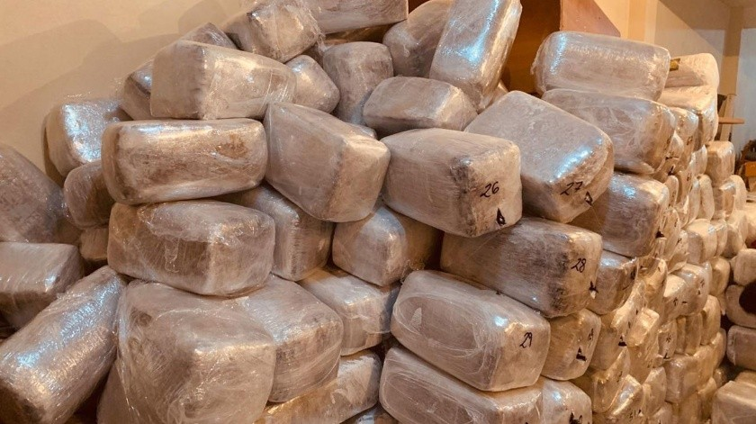 En el domicilio fueron localizado 649 paquetes de droga.(Cortesía)