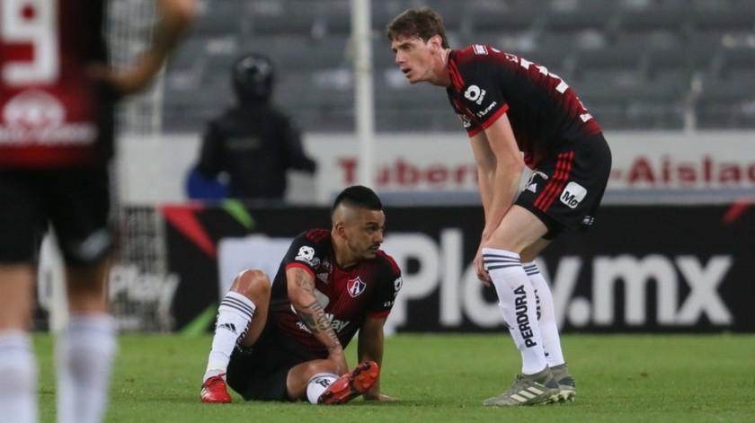 El Atlas perdió el ímpetu en el segundo tiempo y terminó el partido con tres goles en contra.(Agencia Reforma)