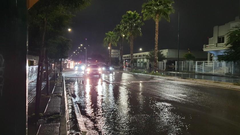 Hasta las 21:00 horas Hermosillo registraba 8.4 milímetros de lluvia.(Teodoro Borbón)