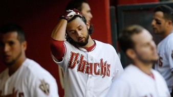 Demanda lanzador Bolsinger a Astros por daños a su carrera