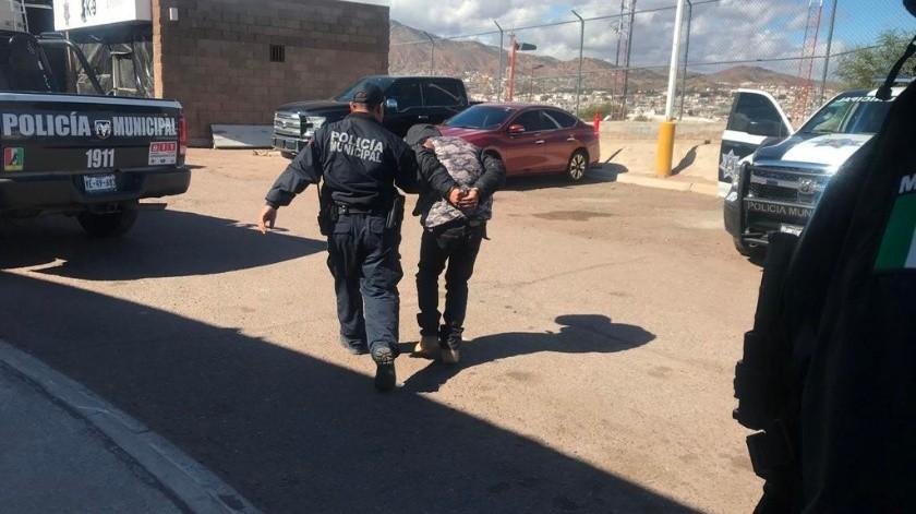 Detienen a joven con pistola y granada(Manuel Jiménez)