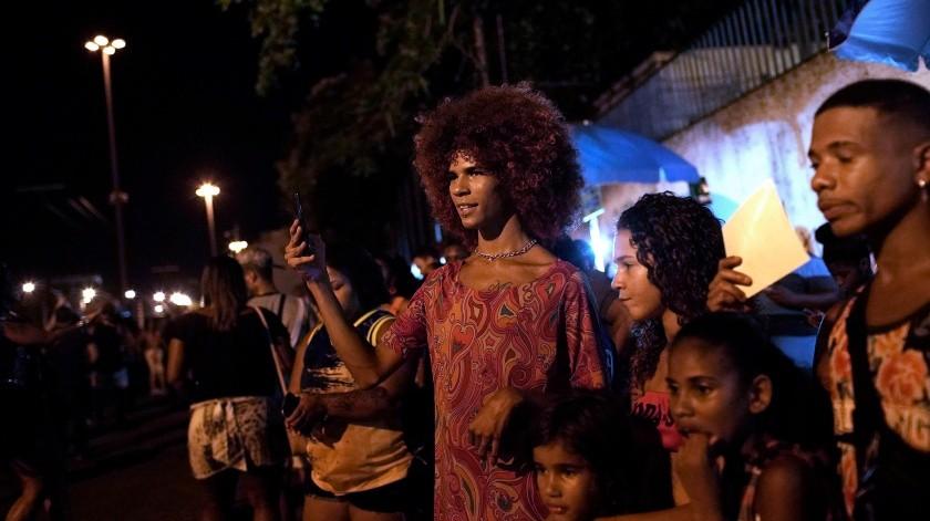 A diferencia de bailes como la salsa y el tango, típicos de otros países de Latinoamérica, la samba se ha mantenido prácticamente dentro de las fronteras de Brasil.(AP)