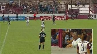 Expulsan a aficionado por insultar en futbol femenil