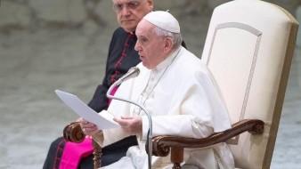 Papa declina ordenación de hombres casados en Amazonía