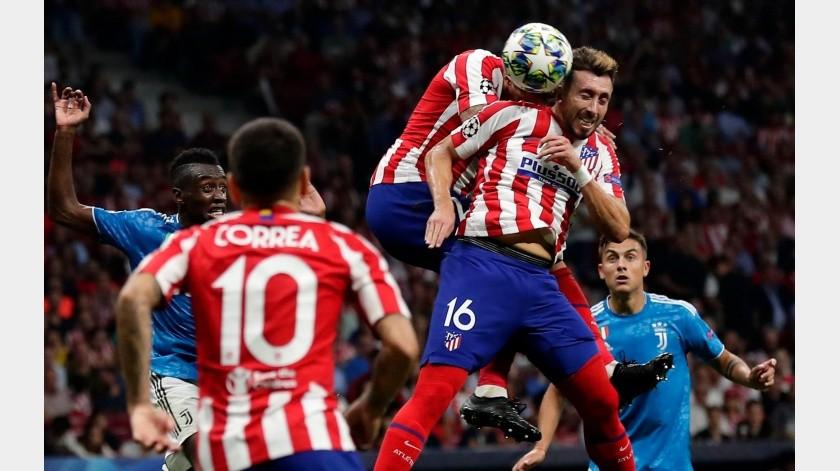Héctor Herrera es duda para el juego vs. Valencia.