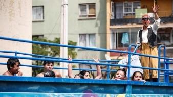 Una piscina recorre las zonas más pobres de Chile para niños que no viajan