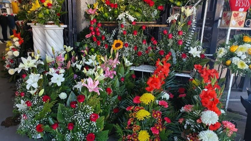 Esperan florerías 80% de aumento en ventas(Mayra Echeverría)