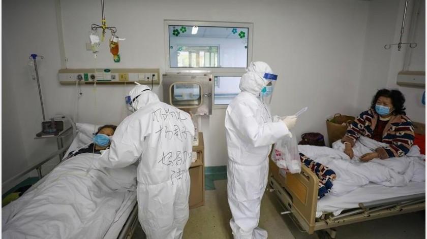 En Hubei, epicentro del brote, se contabilizaron además 4.823 nuevos casos, lo que eleva a 51.986 el número de casos detectados hasta ahora en dicha provincia.(EFE)