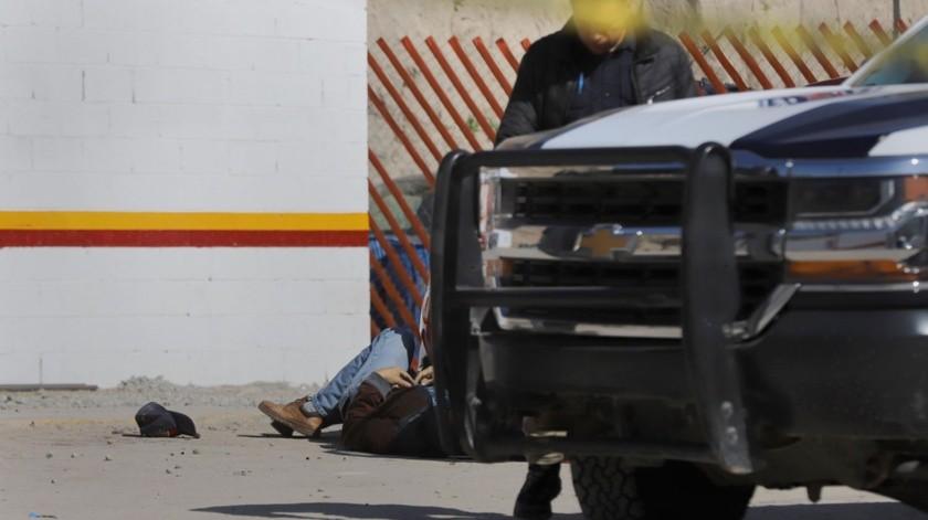 Un hombre fue asesinado cuando rellenaba una mina de gas en una estación ubicada en La Gloria.(Sergio Ortiz)