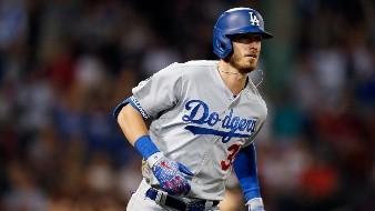 Cody Bellinger arremete contra Astros de Houston