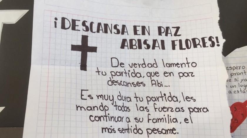 Los estudiantes expresaron su dolor por la partida de Abisai, un adolescente a quien describieron como alegre y buen amigo.(Leonor Hernández)