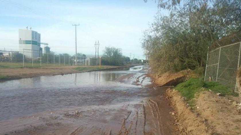 Ruptura de tubo afecta suministro de agua al poniente de Hermosillo: Aguah(GH)