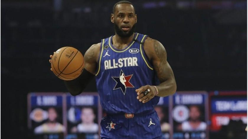 Equipo LeBron gana Juego de Estrellas de la NBA(AP)