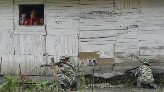 Guaidó exige ayuda de fuerzas armadas de Venezuela para derrocar a Maduro