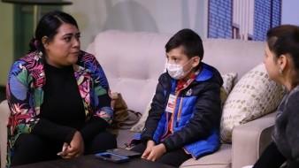 Sarahí Flores y su hijo, Ian Samuel, quien padece leucemia.