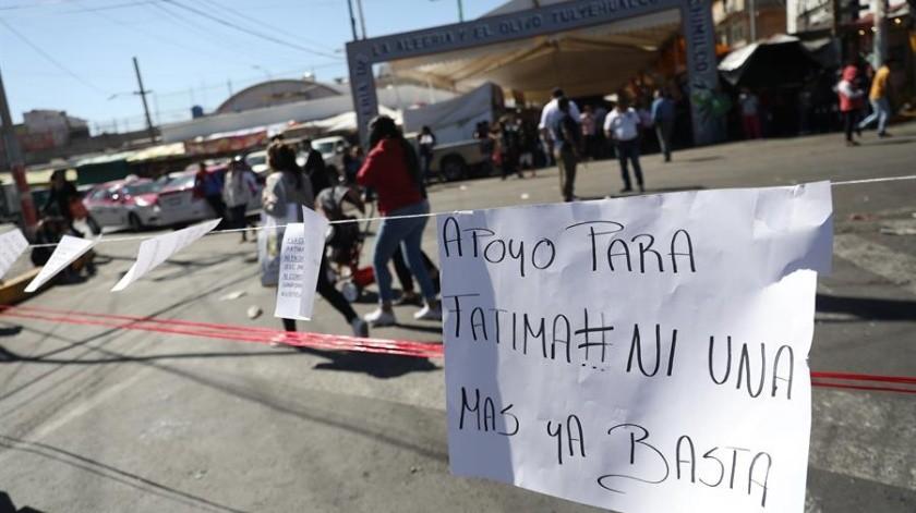 Padres de familia se han manifestado en la escuela primaria Enrique Rébsamen para exigir justicia y seguridad al personal docente tras el asesinato de Fátima.(EFE.)