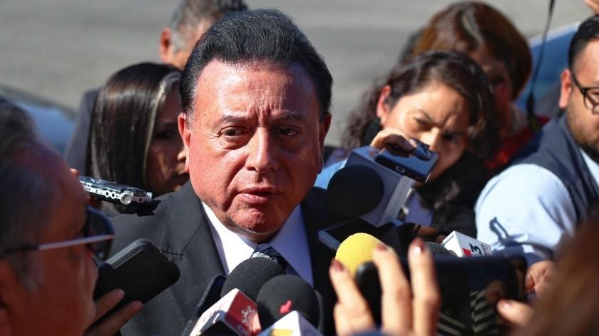Fiscal de BC en espera para traslado de Semefo(Daniel Resendiz)