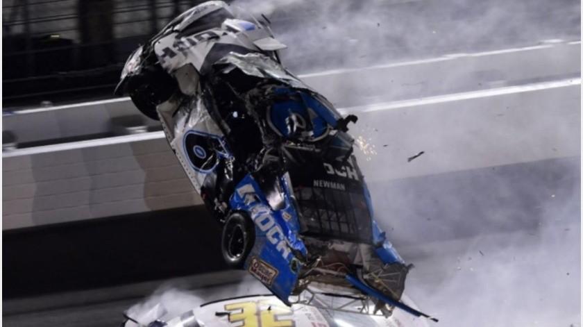 VIDEO: Aparatoso choque en las 500 millas de Daytona(GH)