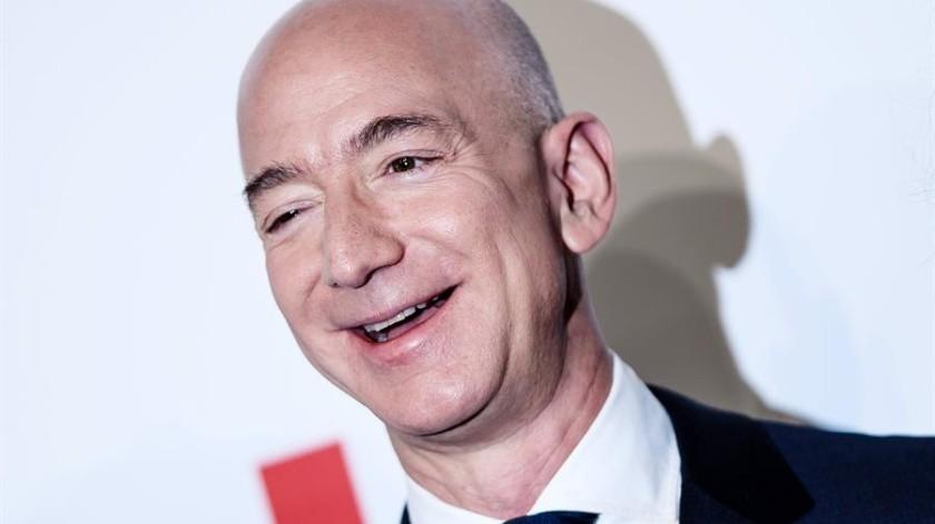 Jeff Bezos, fundador de Amazon, invertirá 10 mil millones de dólares para ayudar en la lucha contra el cambio climático.(EFE)