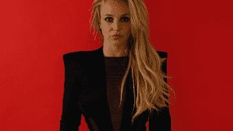 Britney Spears se rompe un dedo del pie mientras bailaba