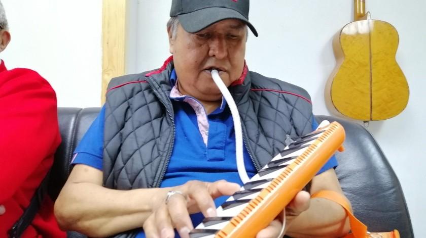 Tanto Eduviges como Francisco acuden al Centro de Capacitación para Invidentes en Tijuana(José Ibarra)