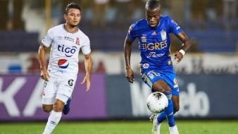 Tigres consuma primer derrota de un club mexicano ante uno salvadoreño