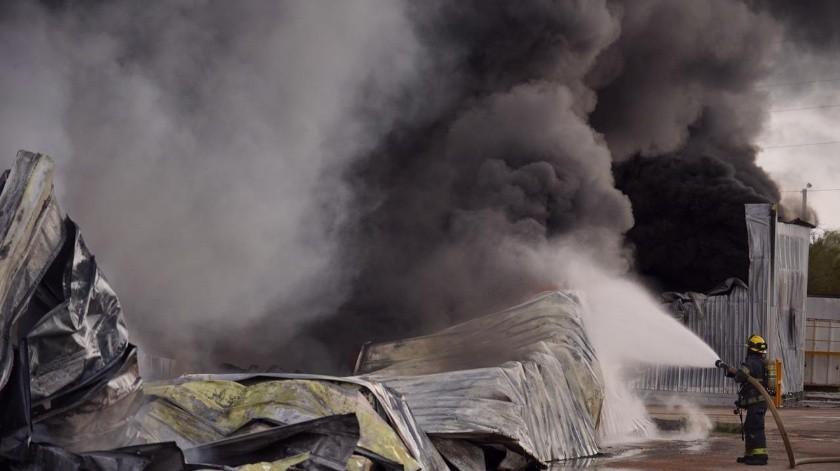 Incendio en la empresa Fanosa(Víctor Medina)