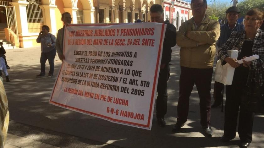 Se manifestaron para exigir incremento en sus pensiones.