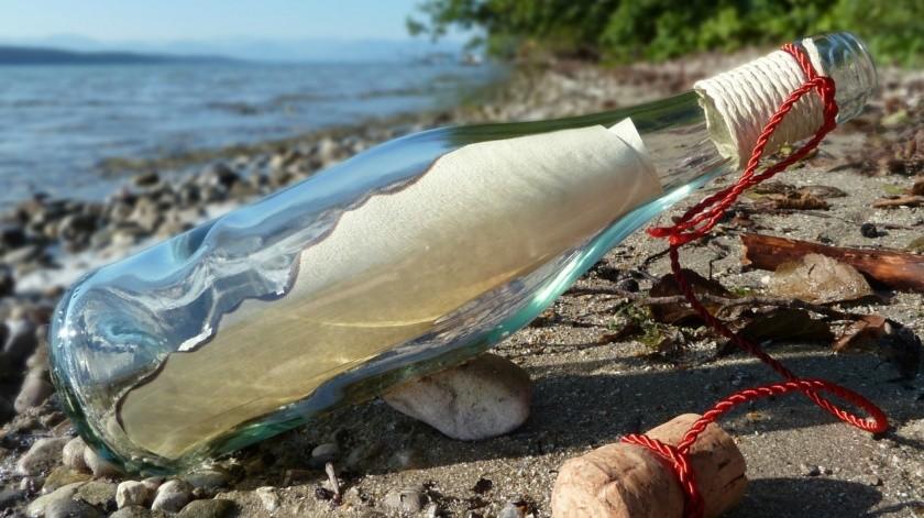 Encuentran nota en una botella arrojada al mar hace 82 años(Pixabay)