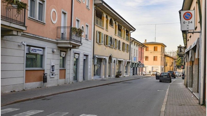 Un hombre italiano de 38 años está hospitalizado en estado crítico.(EFE)