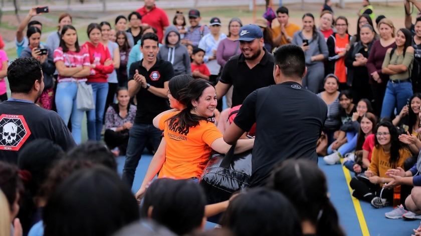 VIDEOS: Ofrecen a mujeres seminario de defensa personal en Unison(Eleazar Escobar)