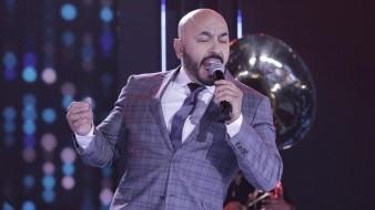 Esta es la primera vez que Lupillo canta esta canción en vivo.
